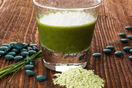 Spirulina ali klorela. Primerjava obeh alg