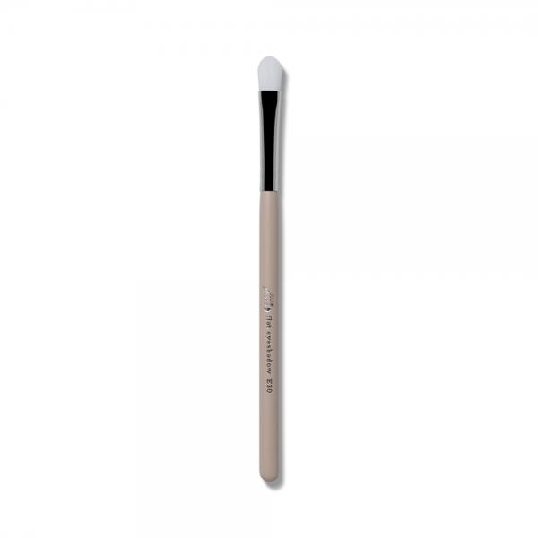 100% Pure Flat Shader Brush E30. Čopiči.