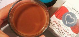 Čaga s kakavom - antioksidantni čokoladni napitek, ki krepi imunski sistem. Divjerasla, ekološka medicinska goba Chaga (čaga) in presni kakav - odlična kombinacija za premagovanje stresa. OrCa naravna kozmetika.