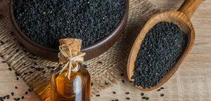 Olje črne kumine - olje, ki zdravi vse, razen smrti. Črna kumina velja za eno najmočnejših protirakavih zelišč. Olje črne kumine poveča rast zdravih kostnih celic kar za neverjetnih 250 odstotkov! OrCa naravna kozmetika.