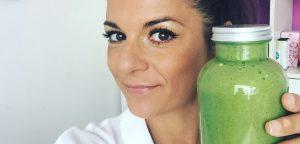 11 korakov za učinkovito razstrupljanje telesa, jih poznate? 80% vašega jedilnika naj sestavlja (zelenolistnata) zelenjava. Priporočamo - vsak dan zaužijte 1l zelenega smoothija. OrCa naravna kozmetika.