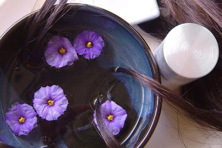 Ajurvedska mešanica olj za čudovite, sijoče in močne lase